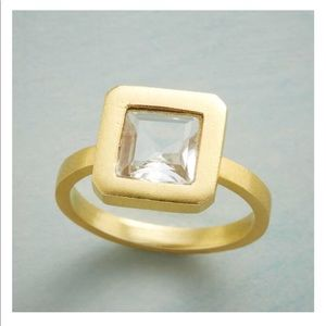 Modern View Ring - Brand New